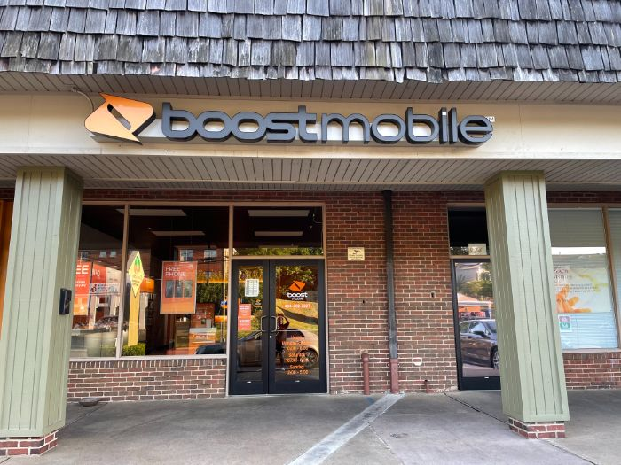 Boost Mobile Exterior Photo